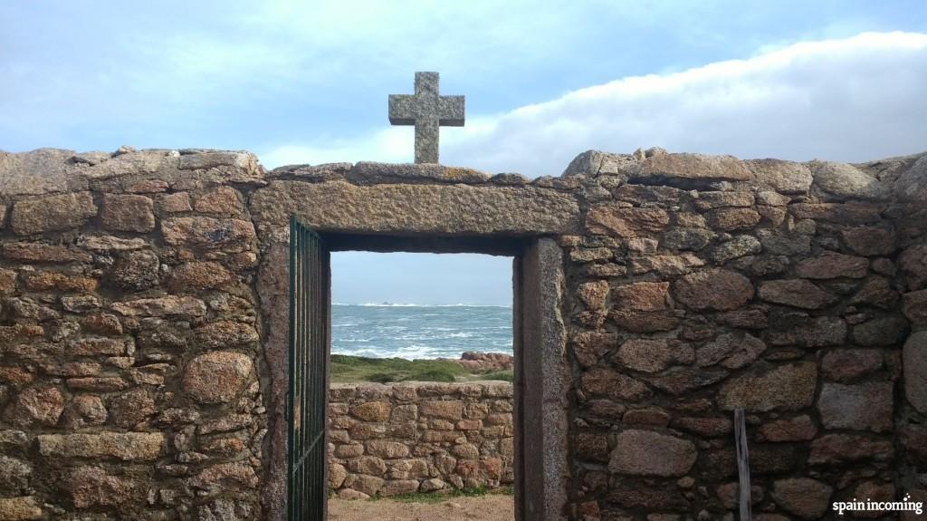 English Cemetery entrance