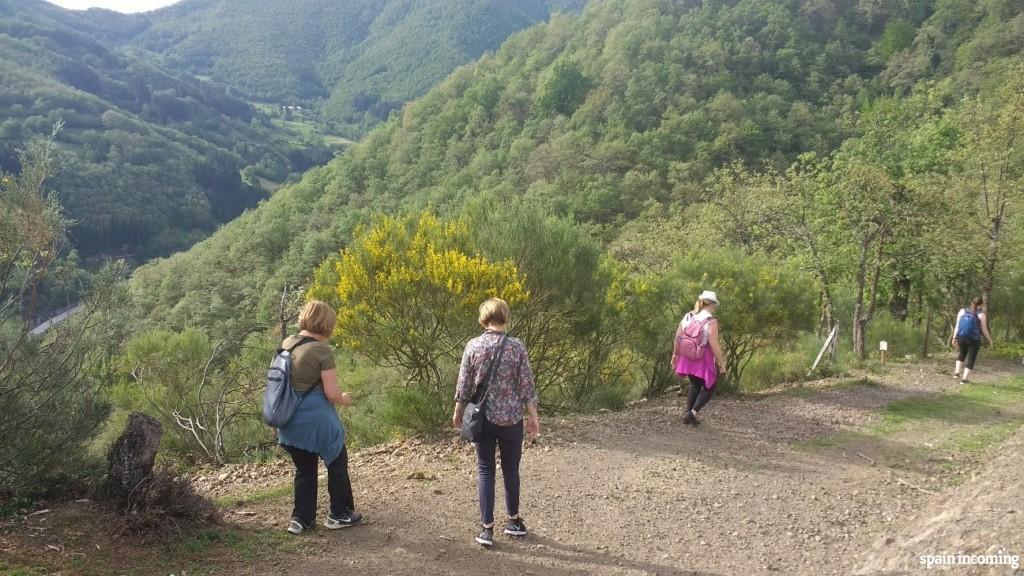 Small trekking walk