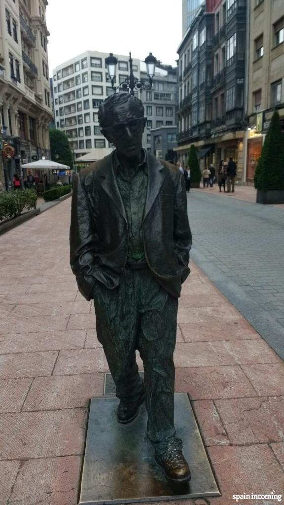 Woody Allen sculpture