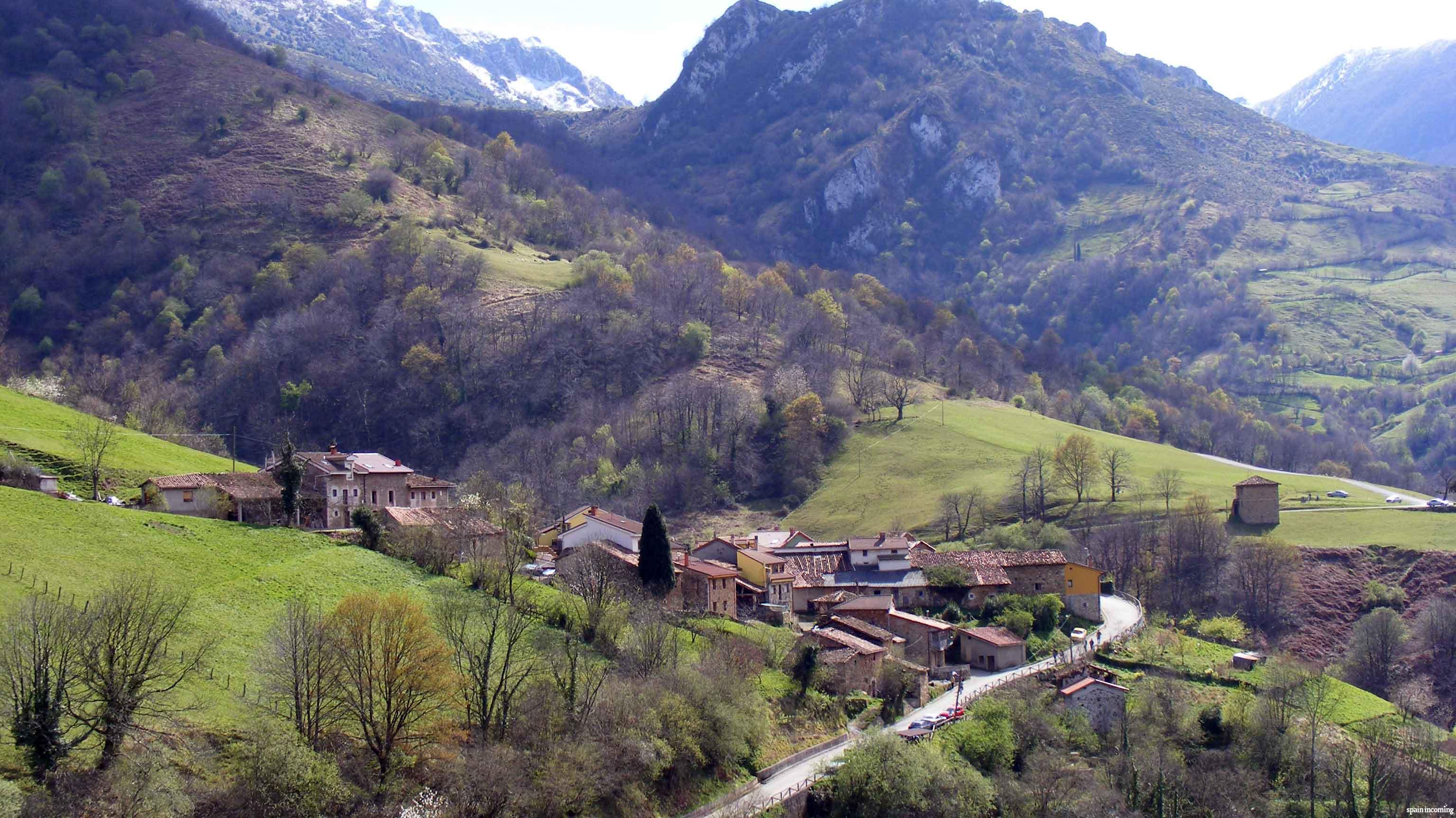 10 ideas for organize your trip to Spain - Landscape in Asturias