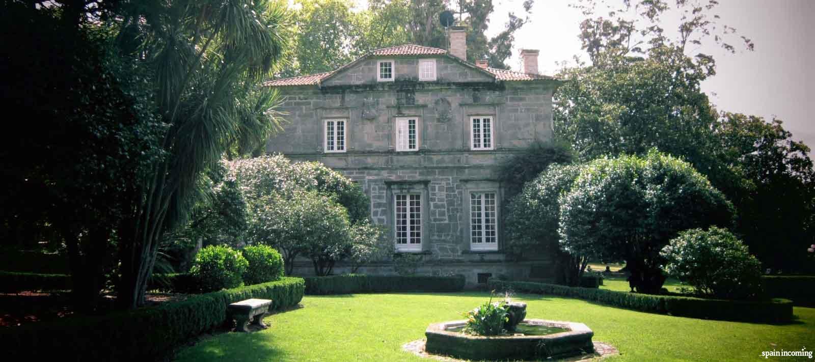 The Camellia route in Galicia - Pazo de Rubianes