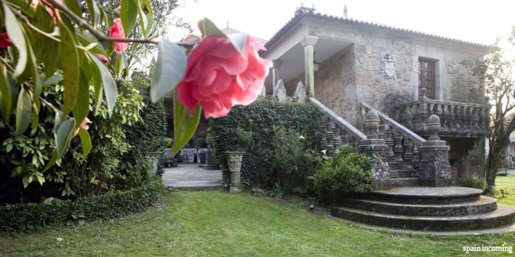 The Camellia route in Galicia - Pazo Quinteiro da Cruz