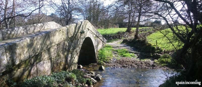 The history of the Camino de Santiago - Leboreiro Bridge S. XV