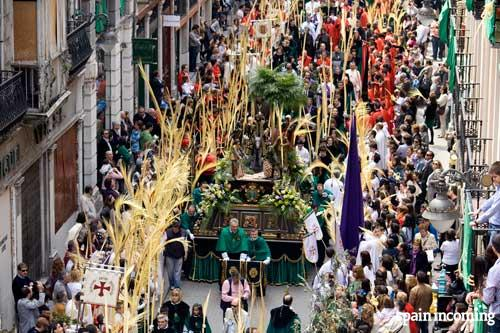 Things to do in Spain in Holy Week - by iglesia Valladolid