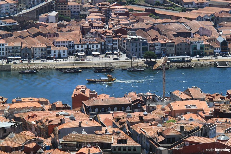 Top things to do in Porto -  Porto views from Vilanova de Gaia